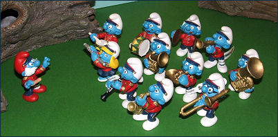 Marching Band Clipart Clarinet 2002 Smurfs - Marching Band